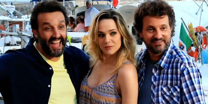 """Laura Chiatti in """"Il Professor Cenerentolo"""" al fianco di Leonardo Pieraccioni e Flavio Insinna."""