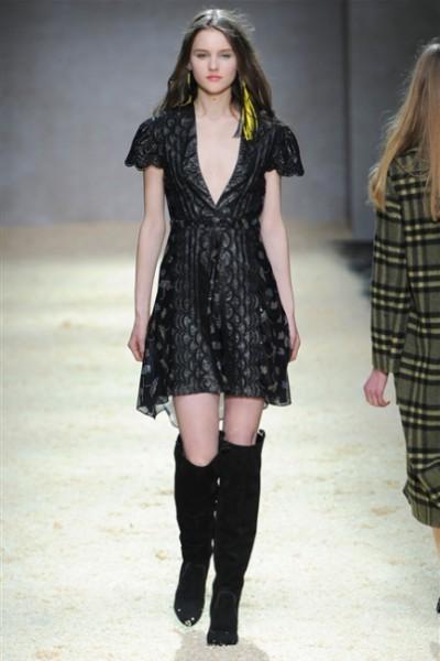 Kristina Ti-MilanoModa Donna collezione F-W 2015-16- foto #3