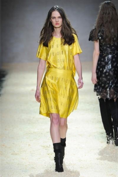 Kristina Ti-MilanoModa Donna collezione F-W 2015-16- foto #4