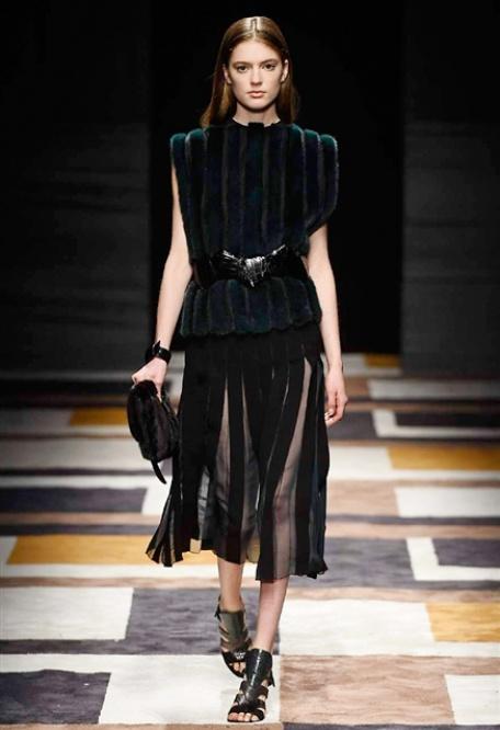 Salvatore Ferragamo collezione donna autunno inverno 2015-2016 ... 084b472cd58e