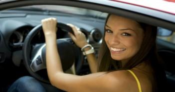 donna al volante evi